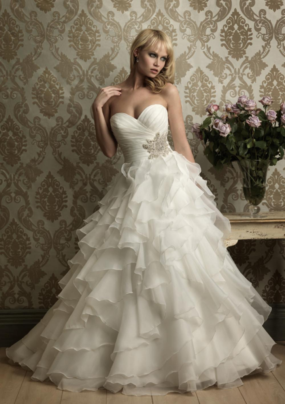 BEAUTIFUL ALLURE WEDDING DRESS - Style 8862, Size 10- $1,000 OBO