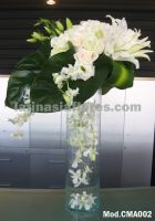 white oriental lilies and ivory roses with white dendrobium orchids wedding Centerpiece