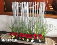 red roses wedding centerpiece