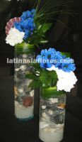white carnations and blue alstroemeria wedding centerpiece