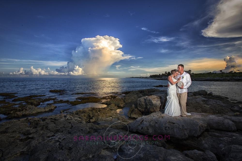 Beach destination wedding at Mayan Riviera, Mexico Photography by Sarani E.