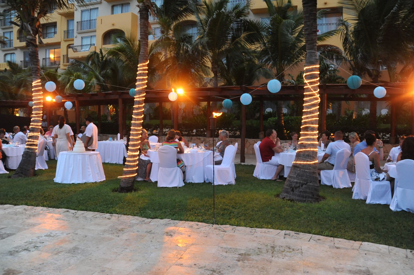 Fiesta Americana Condesa Cancun Brides