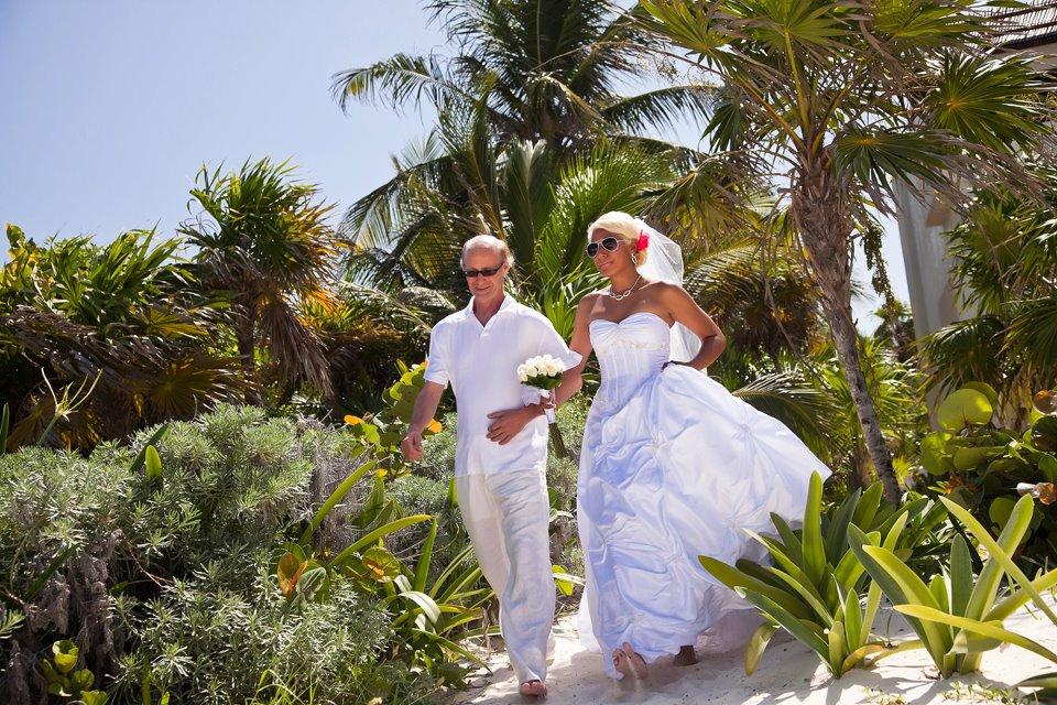 Pueblo Bonito Pacifica Wedding - Hi All!