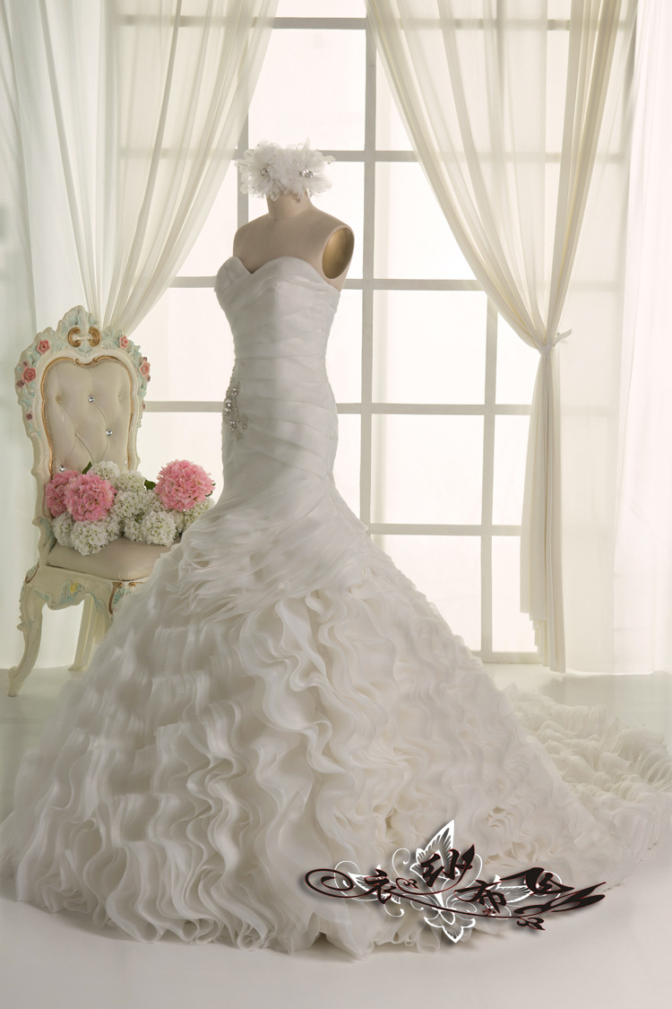 Show Us Your Ruffles Wedding Gown!