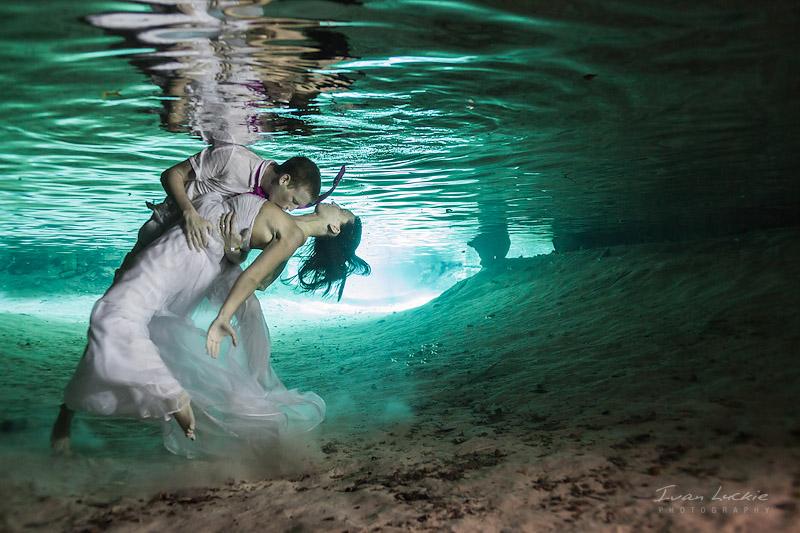 Melissa+Matt - Cenotes Mexico - LuckiePhotography-1.jpg