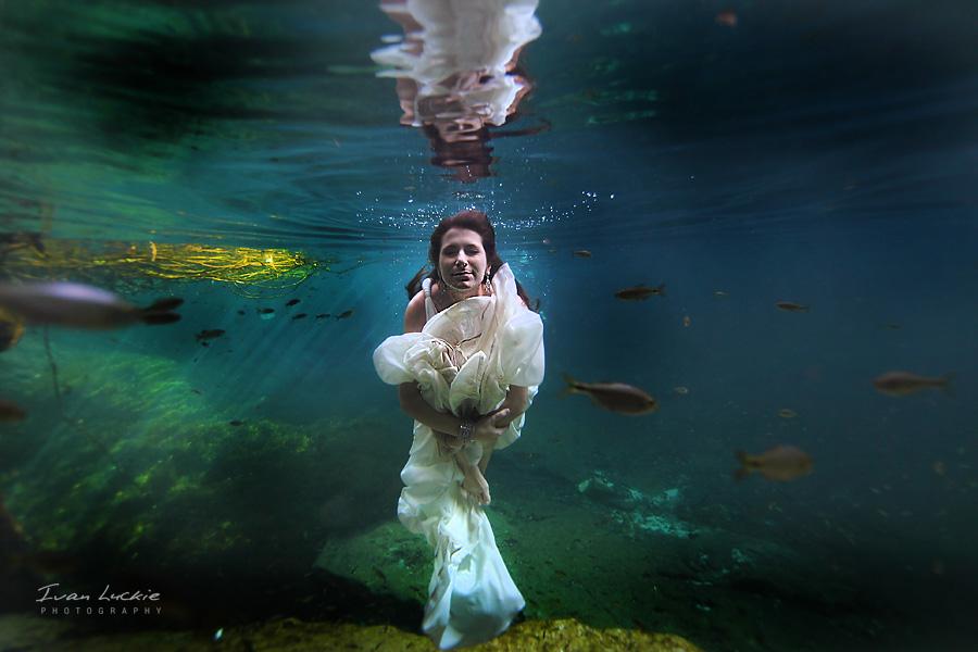 LuckiePhotography - Bride1.jpg