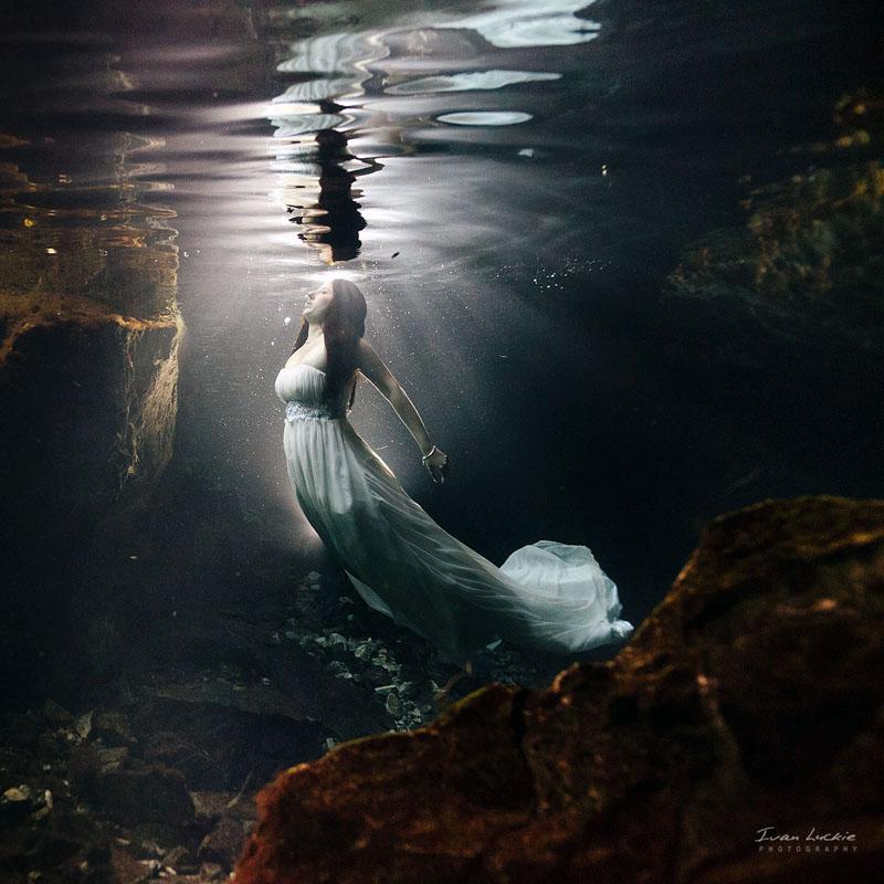 Denise Bert    Underwater Cenote Trash The Dress Photographer   Ivan Luckie Photography 2