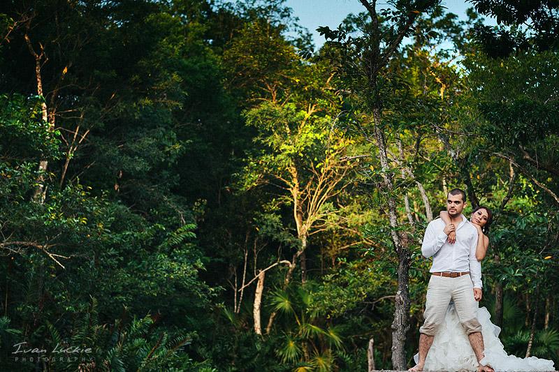 Trash The Dress Cenote Azul   Bianca&Jose   LuckiePhotography