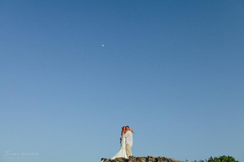Jenny+Ryan - Isla Mujeres Trash the Dress - LuckiePhotography-1.jpg