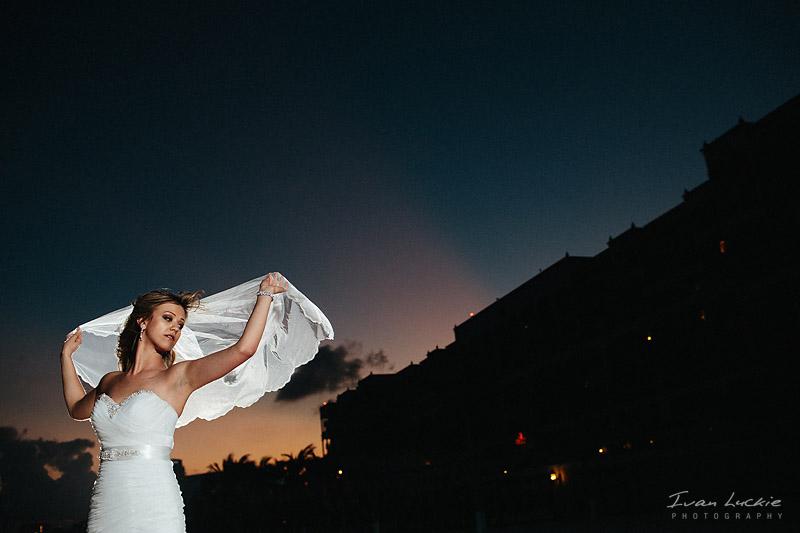 Mia+Vedran - Gran Caribe wedding Photographer - Ivan Luckie Photography-1.jpg