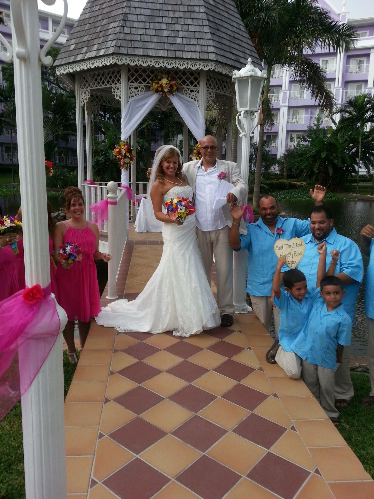 Lydia & Allan's Wedding in Paradise