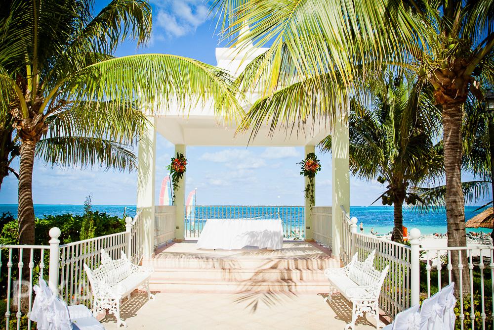 Riu Caribe | Cancun | Mexican wedding venues and setups  |