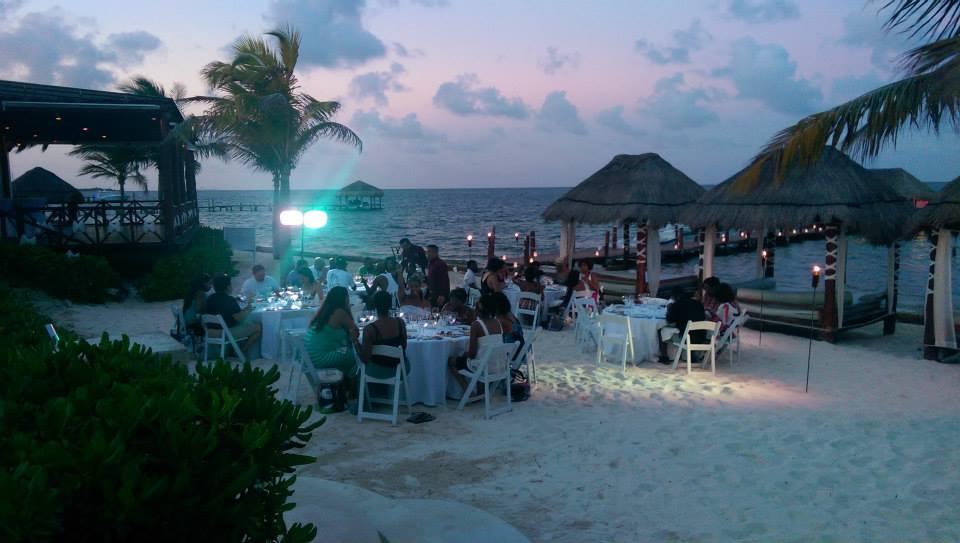 Private Beach Dinner (Night) - Unlimited Private Event