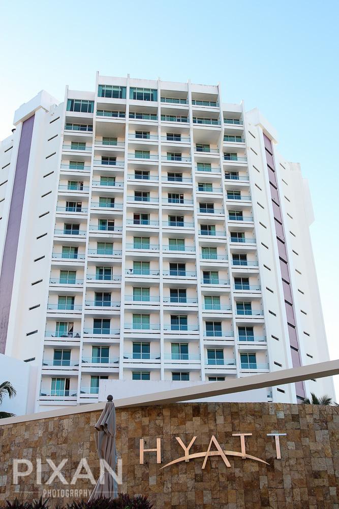 Hyatt Regency Cancun |  Cancun | Mexican wedding venues and set-ups |