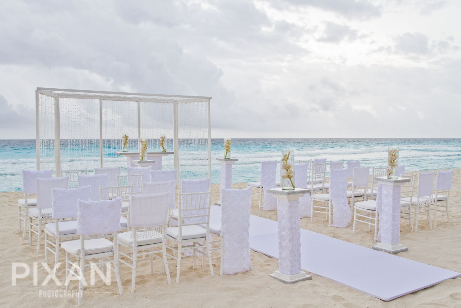 Hard Rock Hotel Cancun | Cancun | Mexican wedding venues and set-ups |