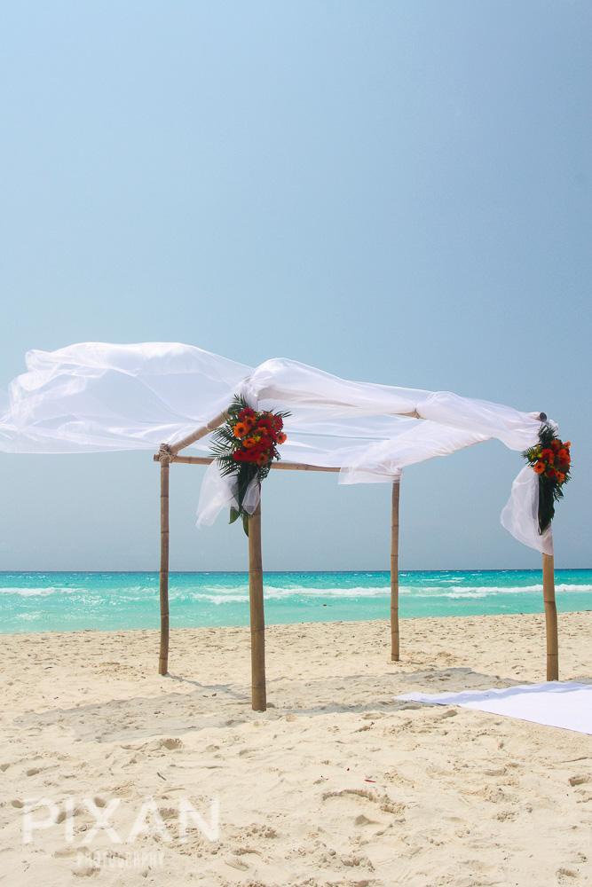 Riu Palace Riviera  Maya wedding venues and setups152013