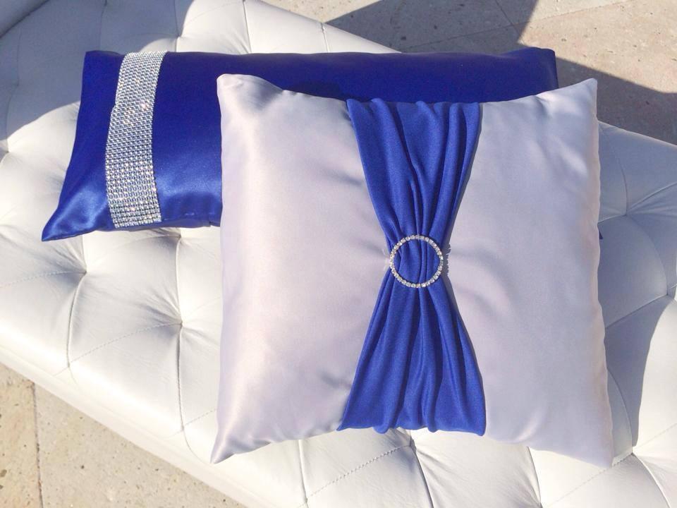 Pillow Decor on lounge furniture
