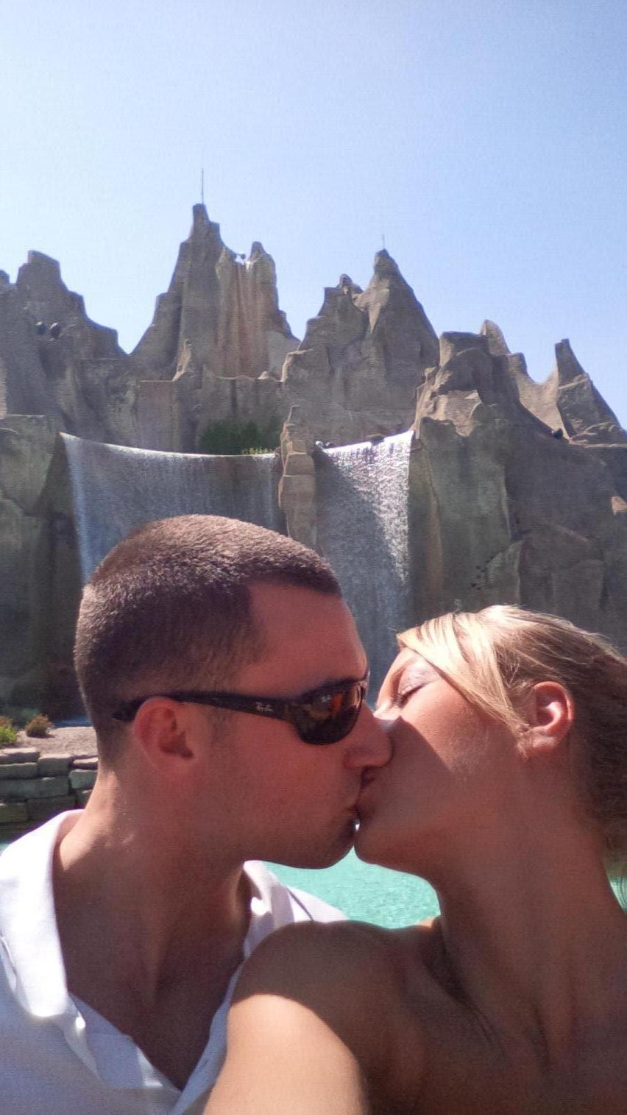 Canada's Wonderland Kiss