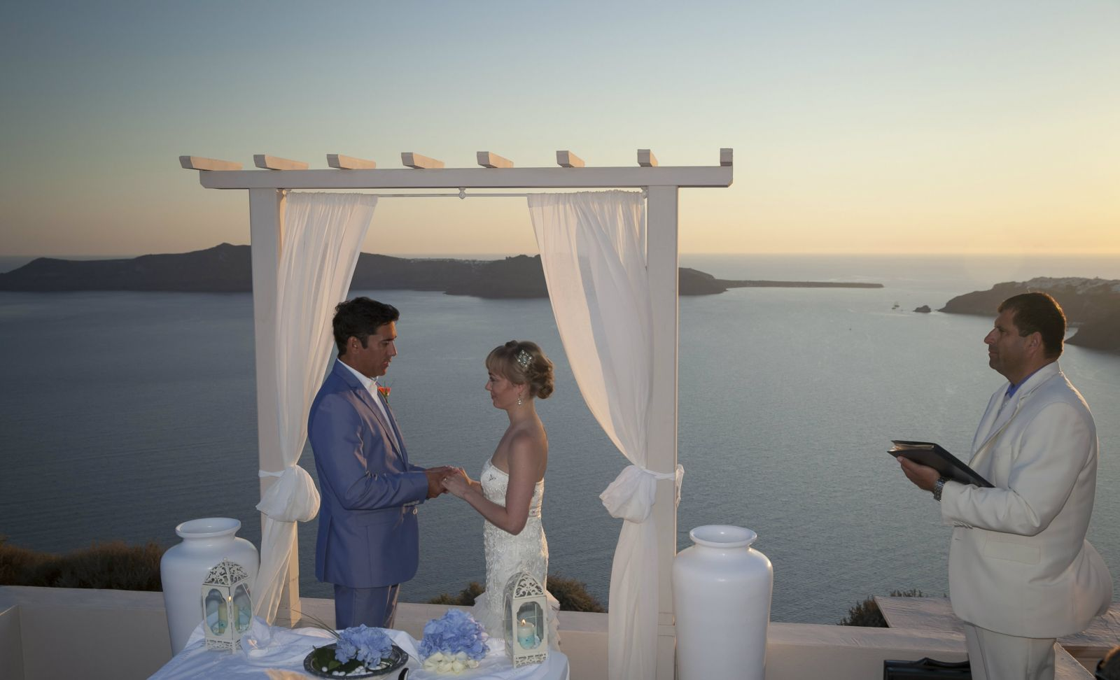 Santorini weddings - weddings in Greece