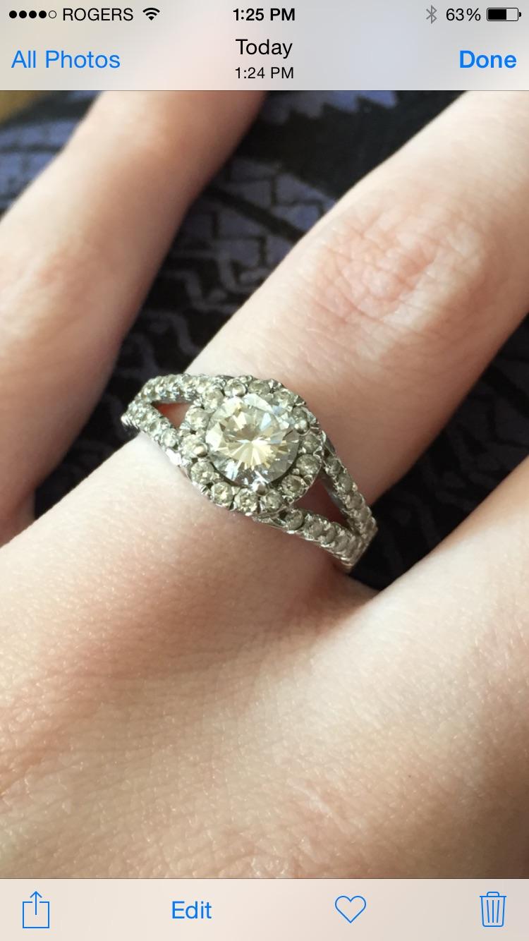 Engagement Ring!!
