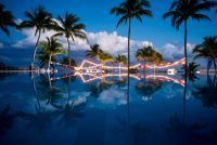 Infinity pool at Azul Fives