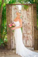 K&T - A romatic and beautiful wedding dress style