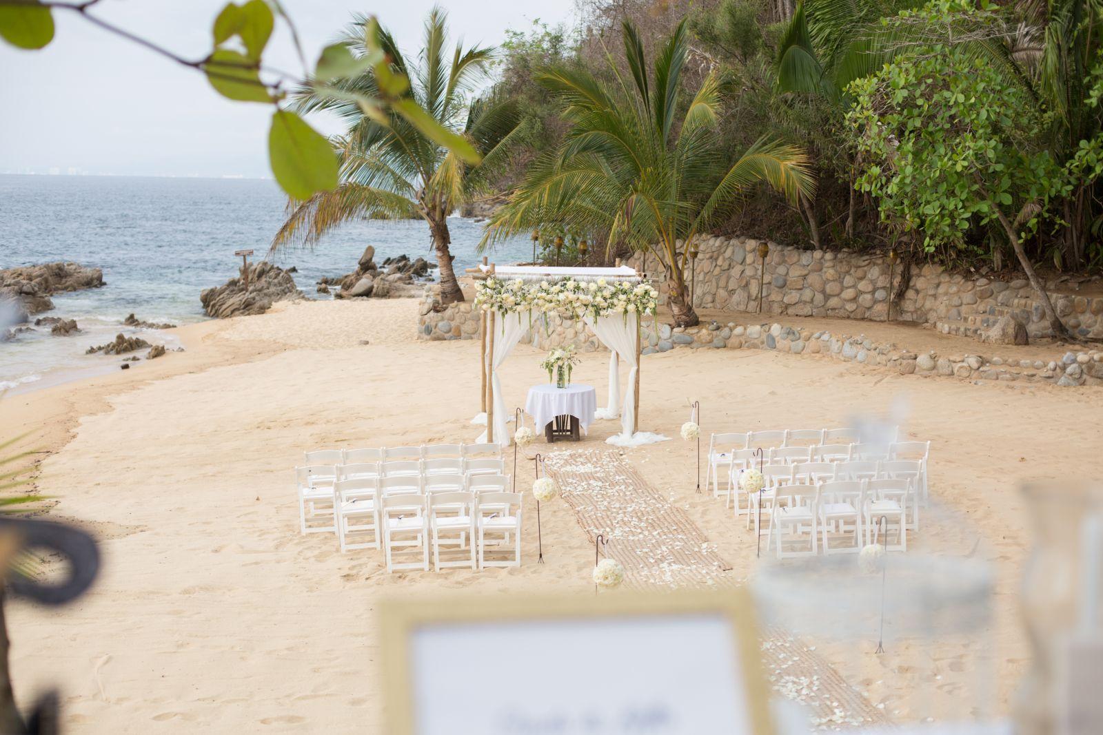 Vintaje ceremony setup on the beach