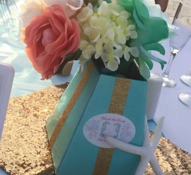 My DIY blumebox centerpieces. Used my DIY bridesmaids flowers