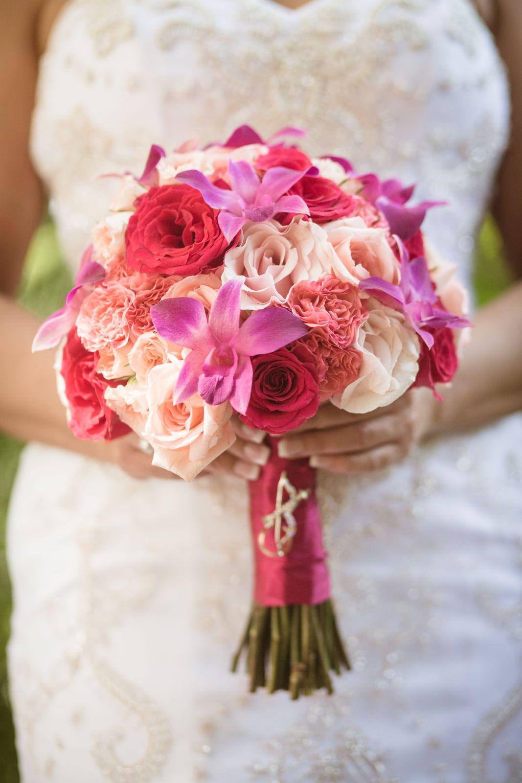 Wedding bouquet in pink