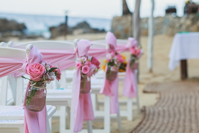 beautiful chair decor for ceremony