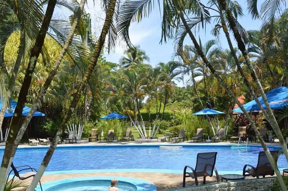 Swimming pool Hotel Villas Rio Mar