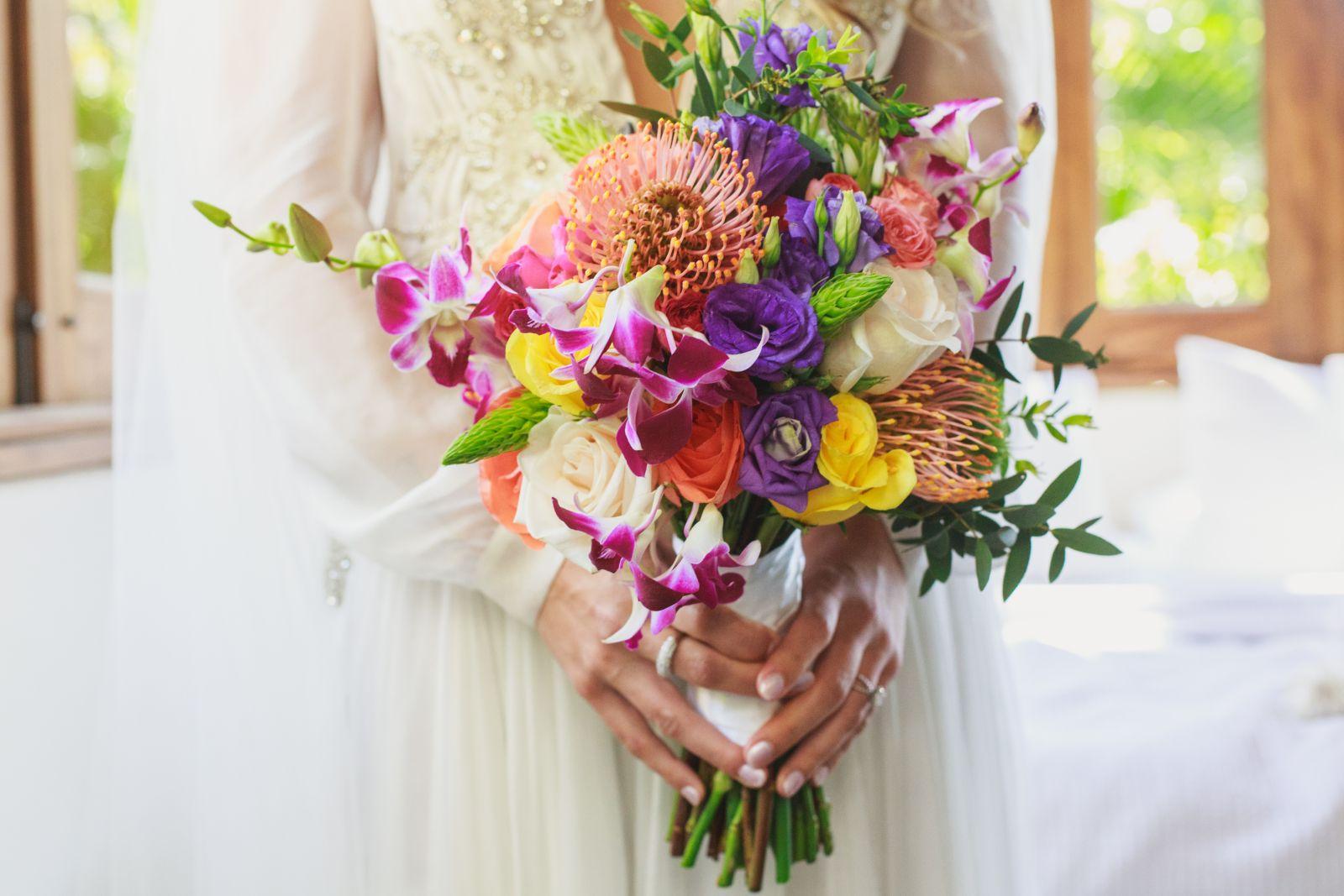 E&J  LasCaletasWeddings 72- Exotic bridal bouquet