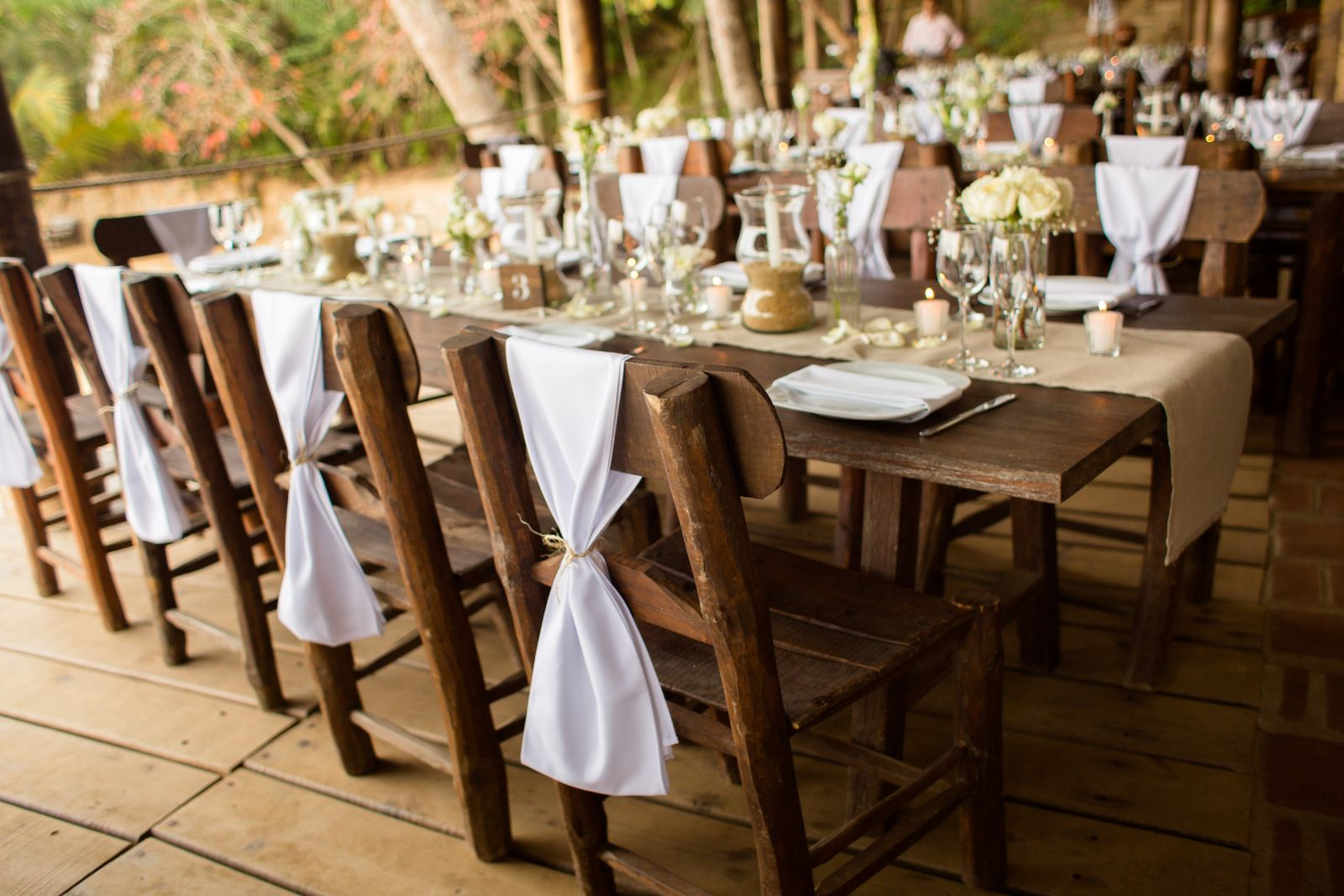 Adventure weddings vintage decoration