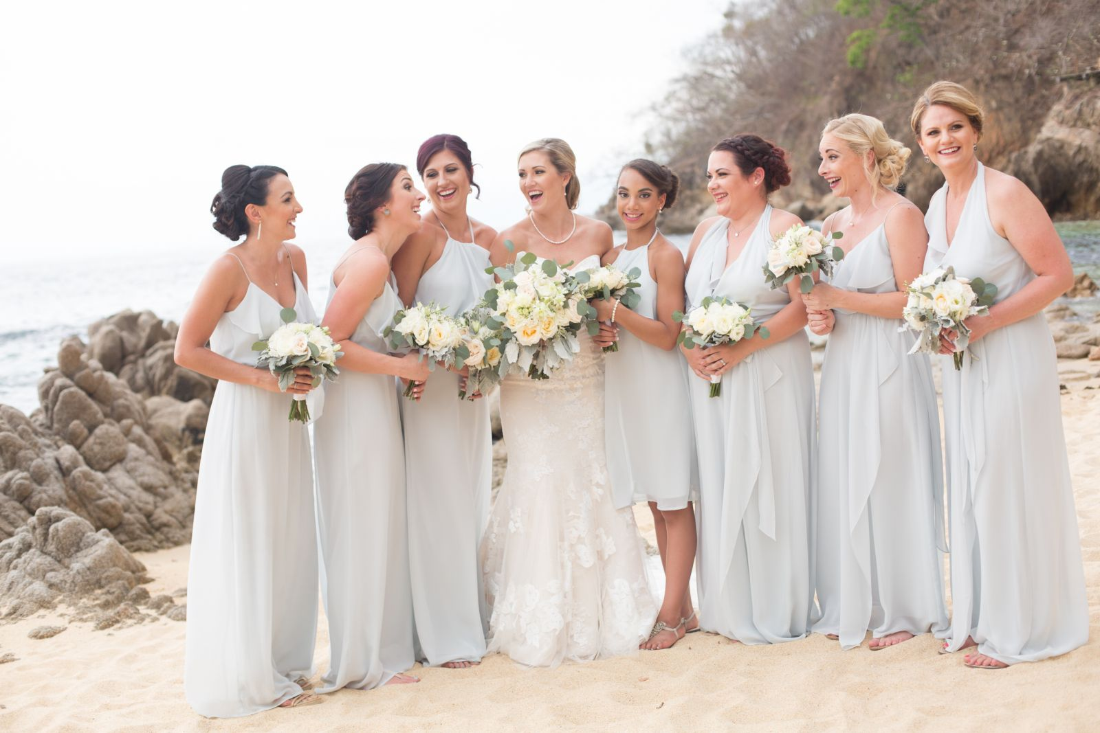 J&R Bridesmaids in light blue, a beautiful trendy style.