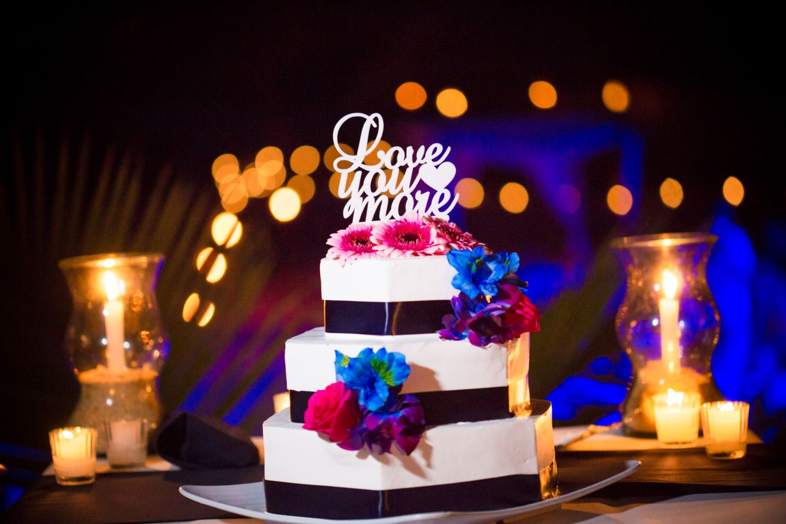 Great color combinations for a wedding cake