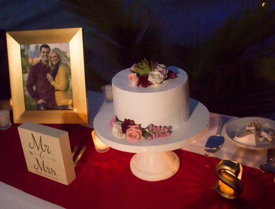 wedding cake For 10 people