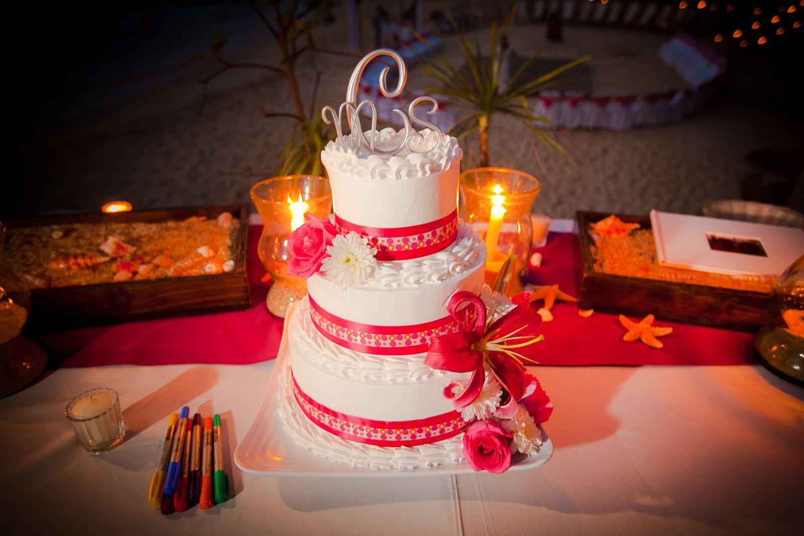 wedding cake in orange