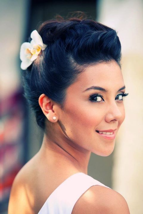Styling Trio Up-do flower 3