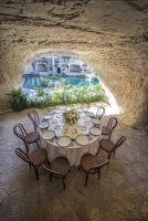 Caves restaurant