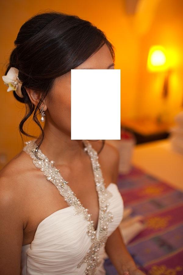 Beautiful, Elegent, Sexy Destination Wedding dress for sale!!