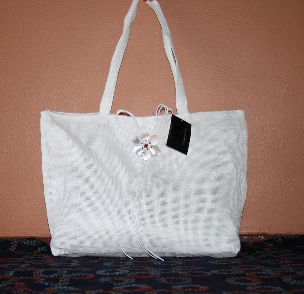 FS White Floral Applique Totes - Great for OOT Bags