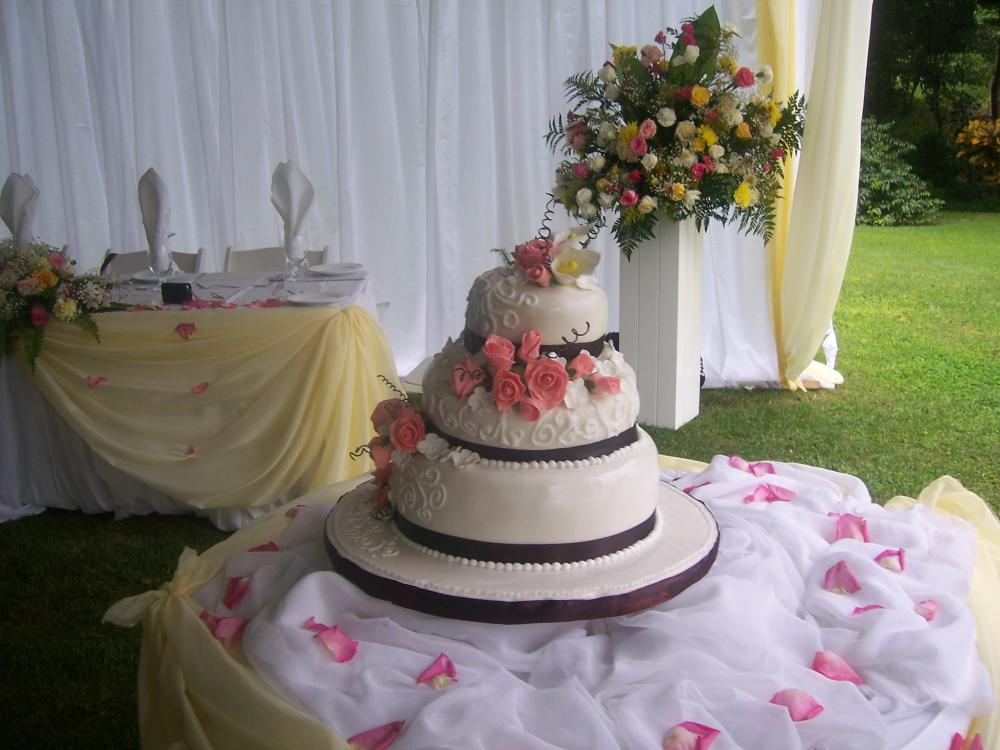 Helen G Events Wedding Cakes