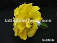 yellow calla lilies bridal bouquet