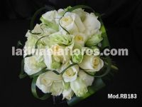white lisianthus and roses bouquet