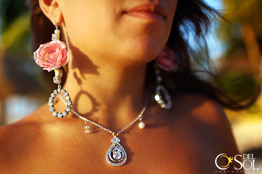 When roses and crystal rhinestone combine...