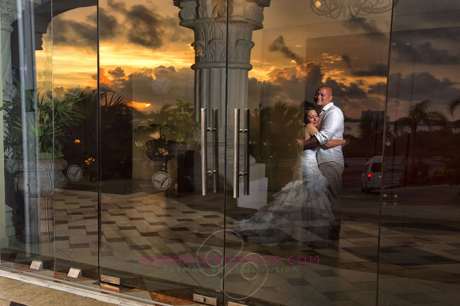 Cancun Wedding Photography I By Sarani Sarani Weddings