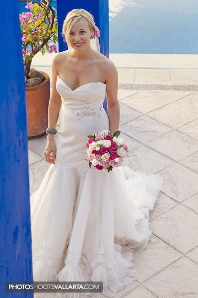 Decorations and coordination Playa Bliss Weddings http://www.playablissweddings.com/ Photographers Eva Sica and Pierre Morillon | http://www.PhotoShootsVallarta.mx/
