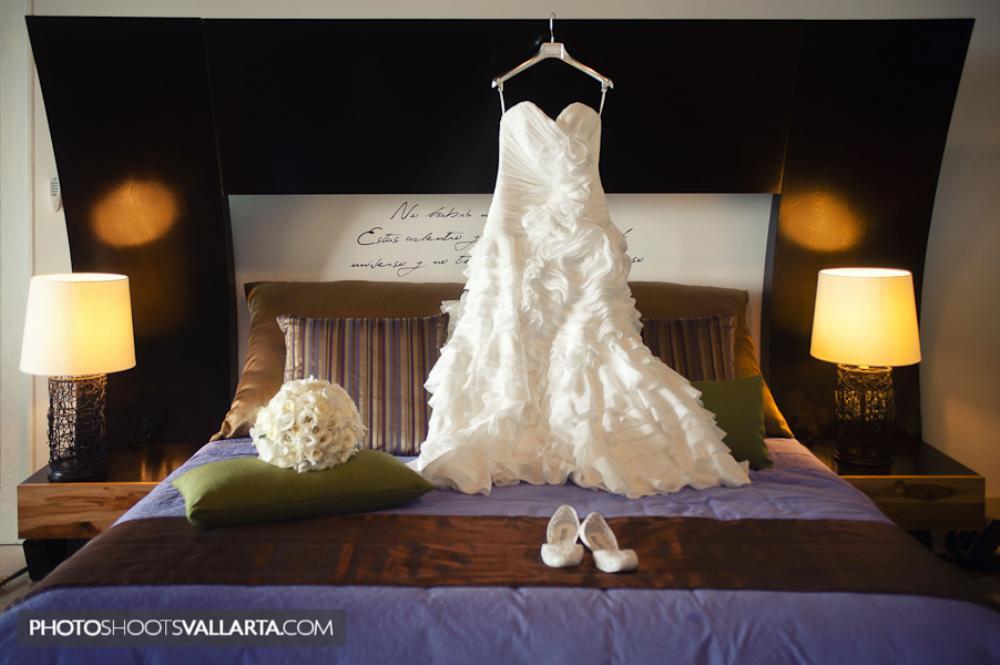 Wedding in La Tranquila, Punta Mita, Mexico | by Eva Sica, PhotoShootsVallarta.mx