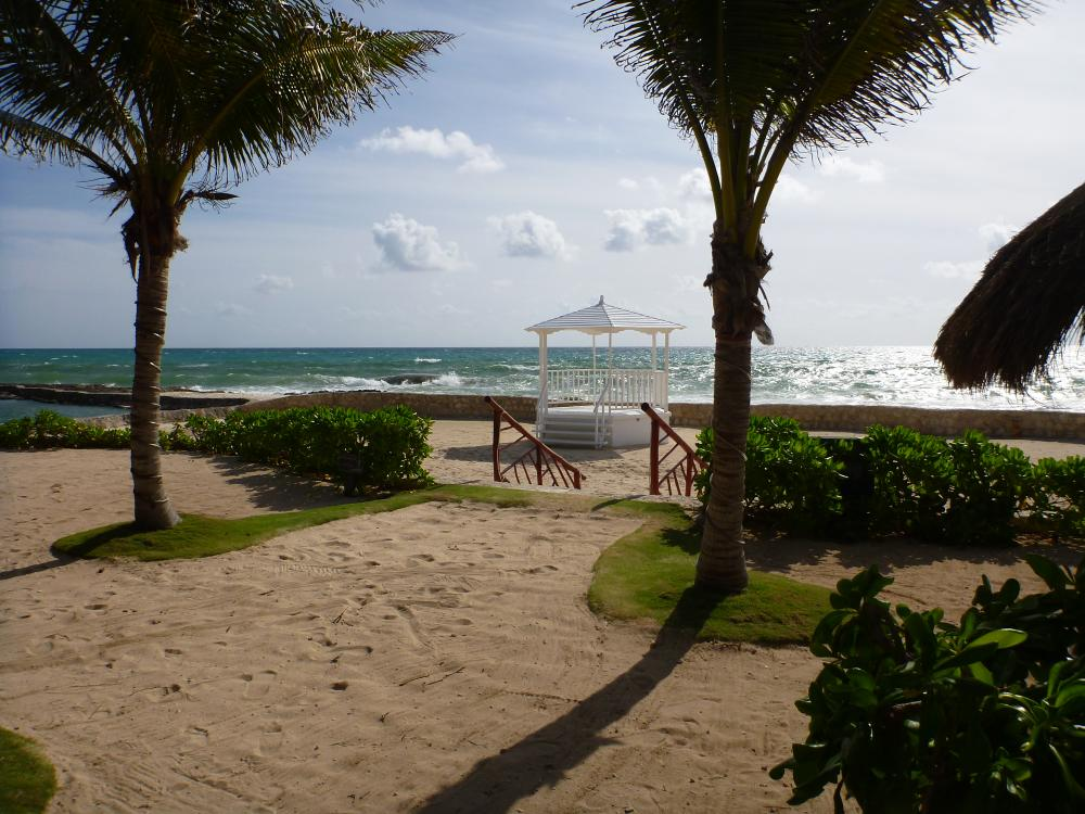 Gazebo across from Health bar Very pretty and there is a ramp onto the sand