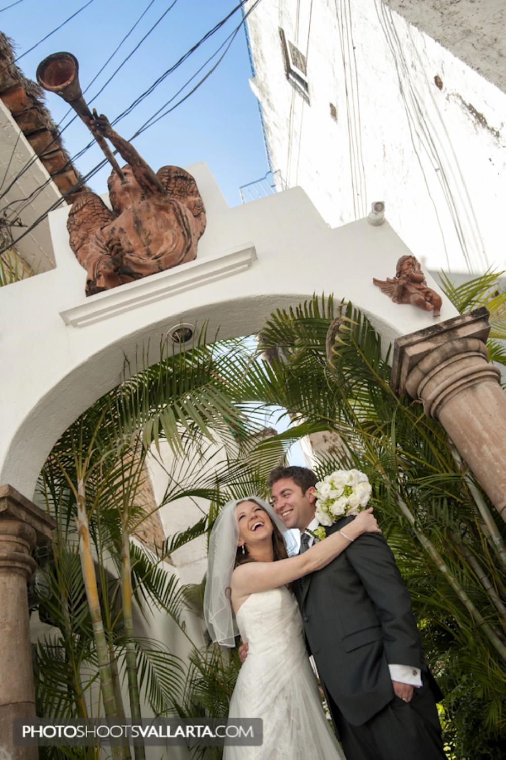 Wedding of Susan and Geno Hotel Velas, Catedral de Nuestra Señora de Guadalupe, Puerto Vallarta, Jalisco, Mexico Wedding planner www.chicconcepts.com.mx Photographer Eva Sica   PhotoShootsVallarta.mx weddings@photoshootsvallarta.com